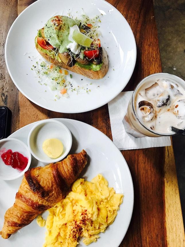 Croissant / Avocado Toast / Mocha