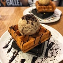 👉Waffles & Ice Cream👈