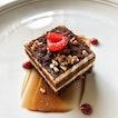 👉Classic Tiramisu With Coffee Cream & Chocolate Crumble👈