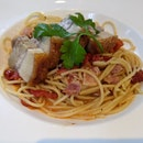 Spaghetti Aglio Olio with Roast Pork Belly - $21++