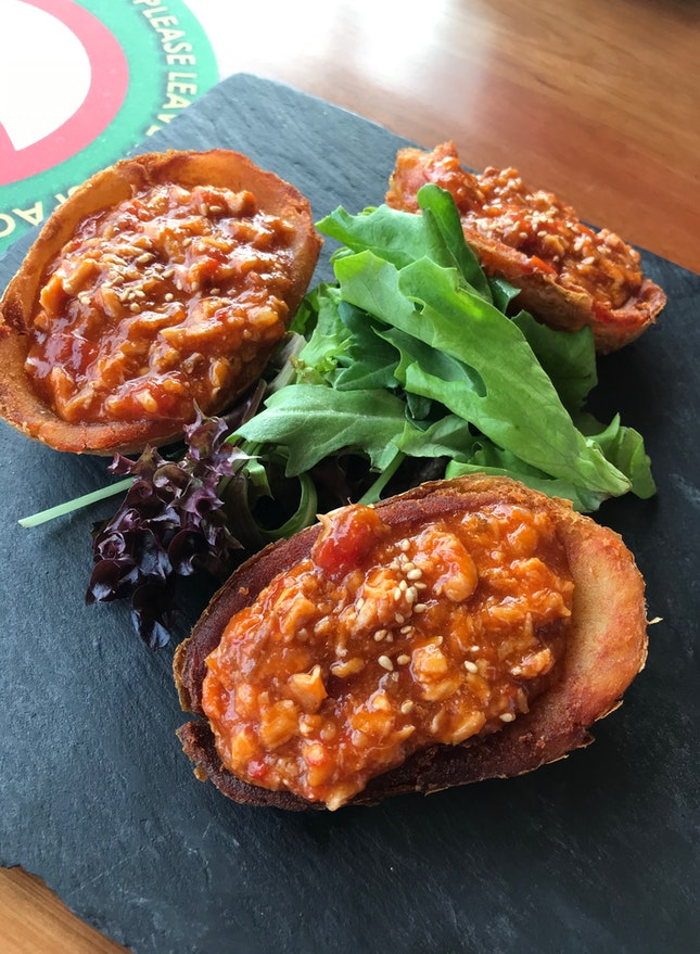 Chilli Crab Potato Skins