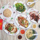 Wee Nam Kee Singapore * Set Meal (Serve w/ Dumpling Soup or Oyster Sauce Vegetable of your Choice) -------- Drumstick Set ~ $7.8 Soy Sauce Chicken ~ $7.0 《All Set Serve w/ Rice & Soup》 ~ Soy Sauce Chicken was overcooked and it tend to become abit too powdery when chewing the meat.