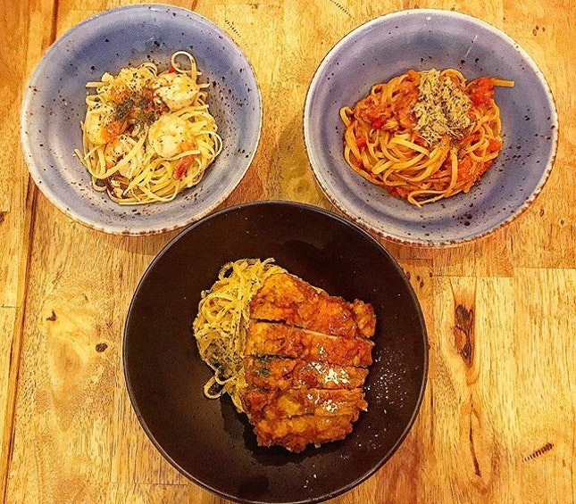 #aglioolio #linguine #saltedegg #pasta #sgcafe #workbenchbistro #burpple  The Holy (Mickey Mouse) Trinity of Pasta: Aglio Olio with Prawns, Crab Meat Linguine, Salted Egg Chicken Pasta  I would like to credit my Bread Clan for this photo because obviously I cannot finish all 3 dishes by myself.