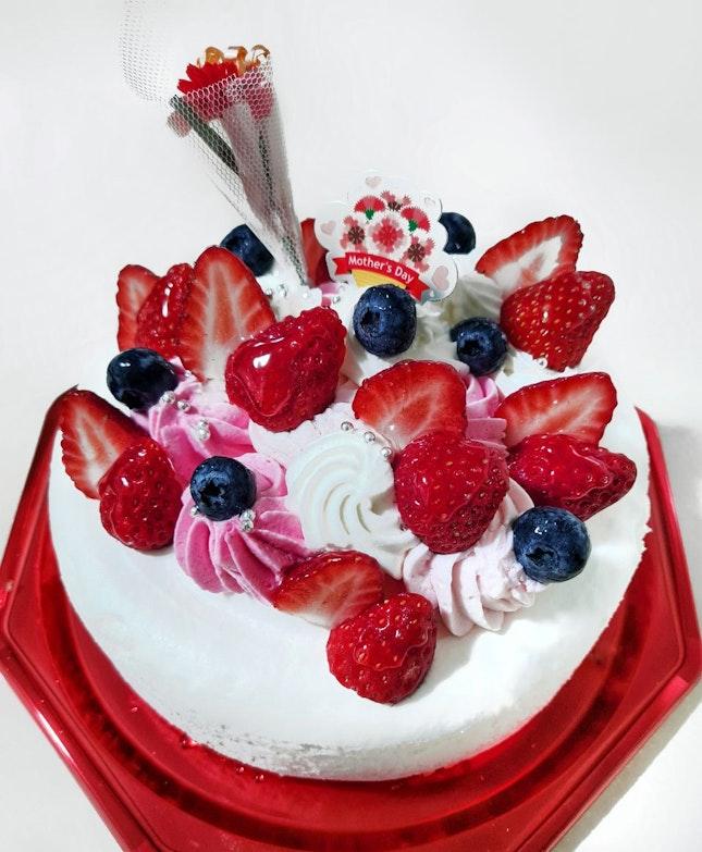 Love Blossom Whole Cake