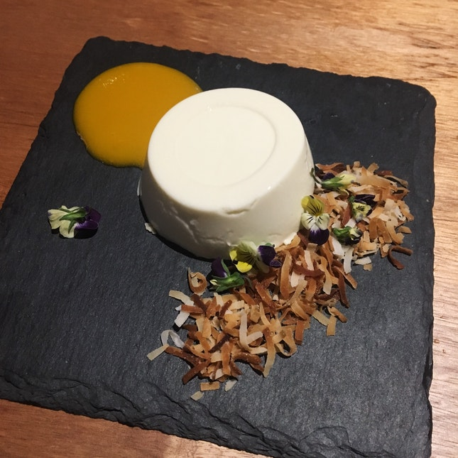 Lemongrass Panna Cotta With Mango and Coconut (RM18)