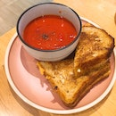 Grilled Cheese Sandwich With Tomato Soup (RM20)