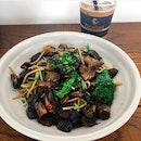 mushroom aglio olio
