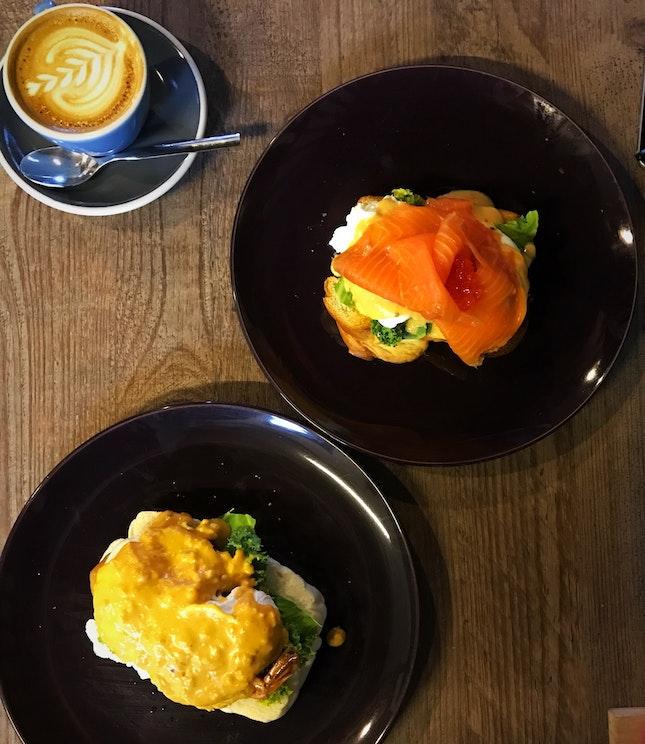 Eggs Benedict - Salted Egg Yolk Prawn And Salmon