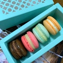 Petite Macarons - Wedding Favours from Intercontinental.