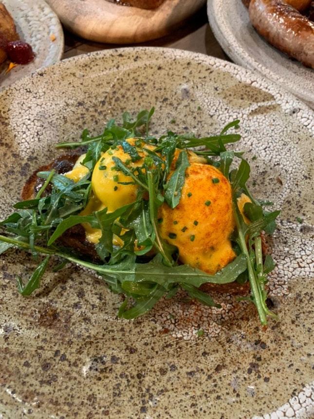 Eggs Benedict with Oxfail