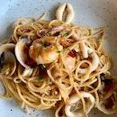 Satisfying Seafood aglio olio ($18.80)
