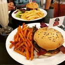 Awesome burgers, Gula Melaka milkshake is insane.
