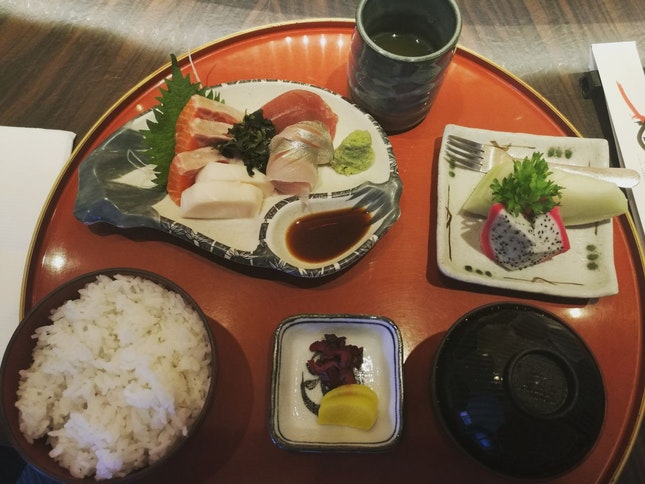 Sashimi Set Lunch