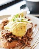 Egg🥚cellent ~  PULLED PORK BENEDICT  Slice up those runny eggs and watch them melt upon sweet pulled pork on toast.