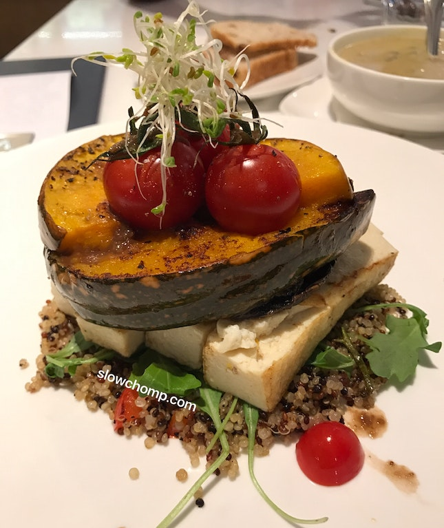 Portobello & Tri Colour Quinoa,$18++