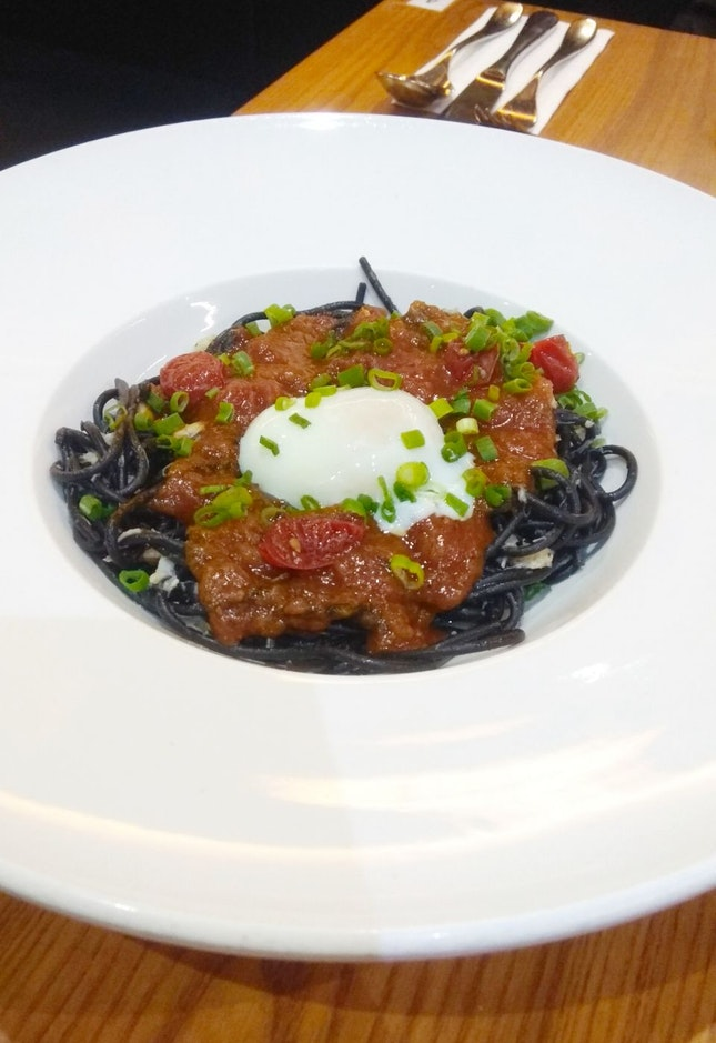Chilli Crab Squid Ink Pasta