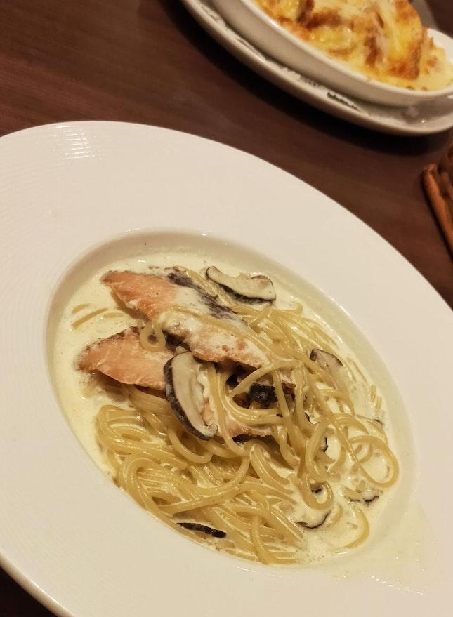 Salmon & Mushroom Pasta