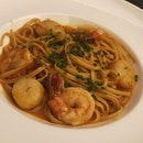 Seared Scallop & Prawn Linguine