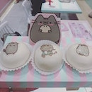 I want to go back for more of these adorable @pusheen matcha filled buns!