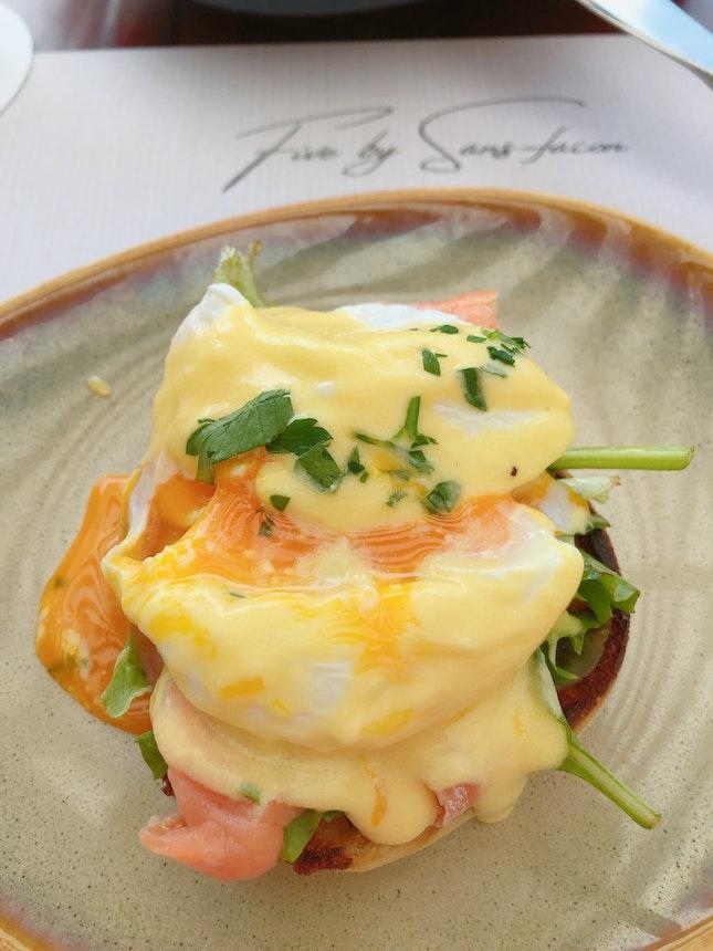 Eggs Benedict ($14.80)