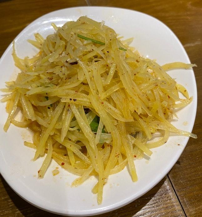 Shredded Potato w Chilli Sauce ($6)