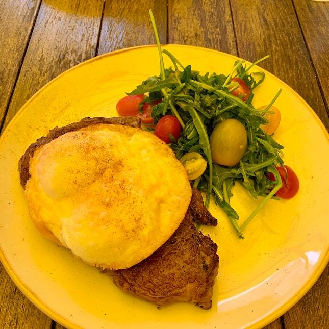 Ribeye Steak & Baked Eggs (With Cheese)