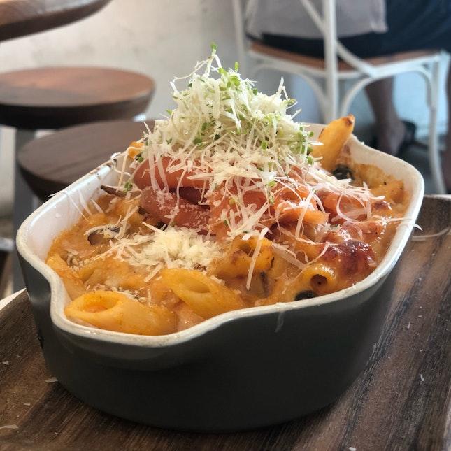 Truffle Salmon Mac & Cheese ($17)