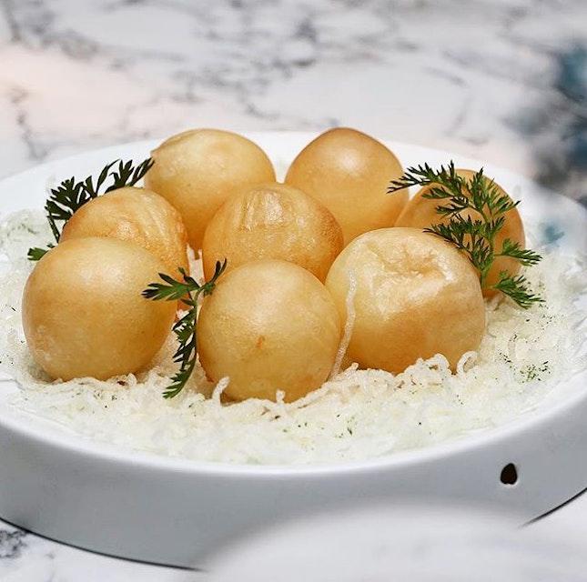Fish balls or sotong balls, you think?