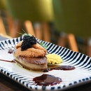 Quite an indulgent treat to have, where we are missing this Foie Gras topped with Bafun Uni and Caviar!