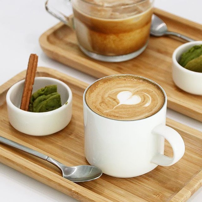Love the presentation of the coffee here!