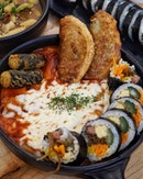 Tteokbokki with mozzarella cheese from @nunsaram_cafe.