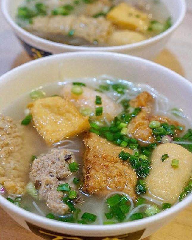 Feature Bai Nian YTF.