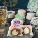Mid autumn festival is coming soon. Feature Petite Snow Skin Mooncake from @crystaljadesg .