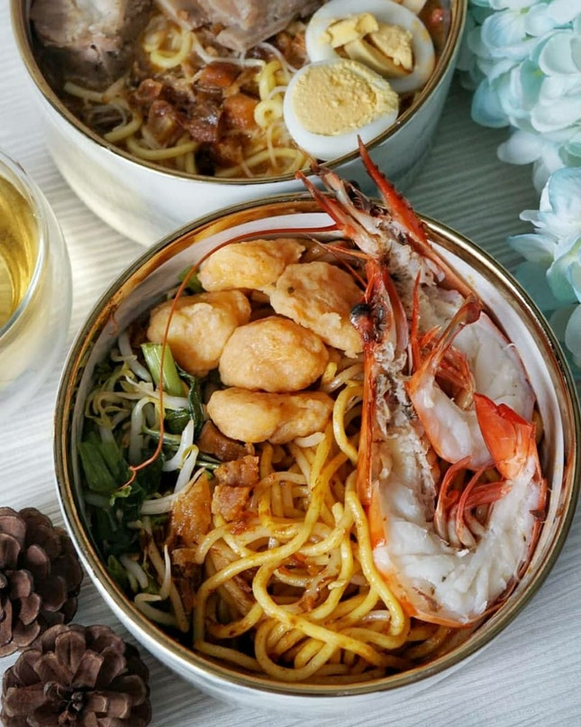 How you like ur prawn mee? Dry or soup ?  For @oneprawnnoodle, I enjoyed dry version more than soup