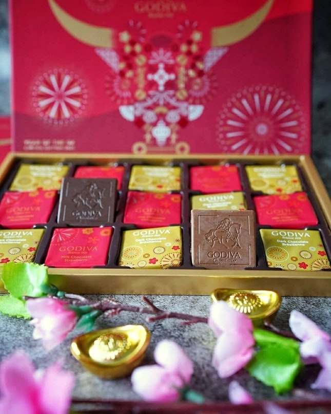 Chocolate Gift Box from Godiva is available in a wide range of assorted sizes to meet every gifting need.