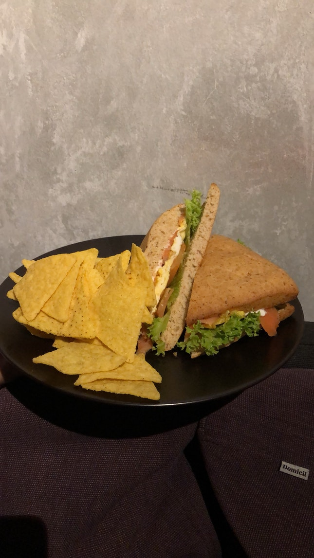Salmon Omelette Sandwich ($8++)