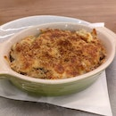 Truffle Macaroni & Cheese With Bacon Crumbs