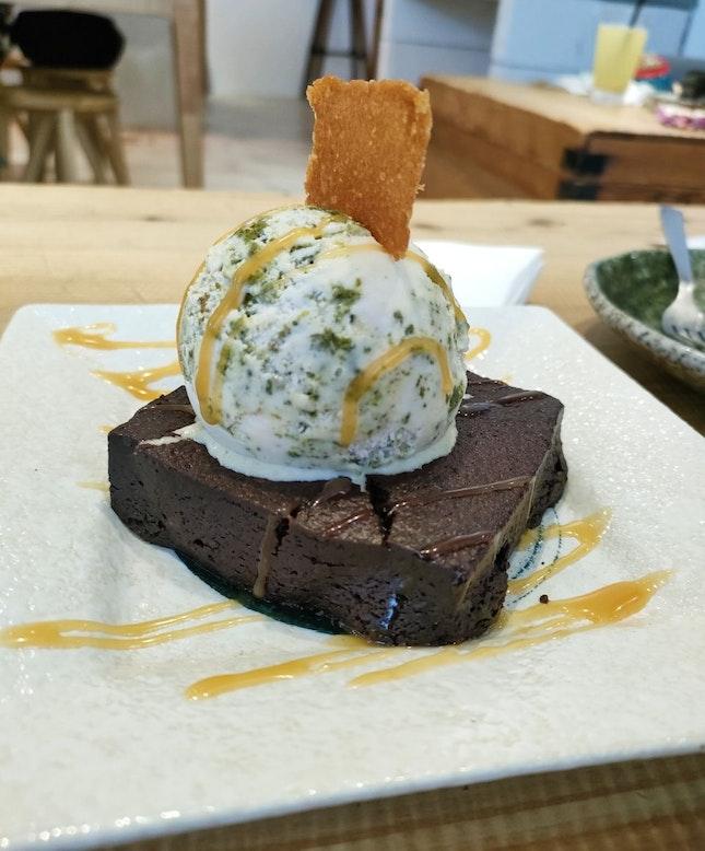 Fudgy Brownie With Matcha Cookies And Cream Ice Cream
