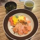 Can never go wrong with salmon chirashi don 👌