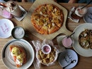 Along-the-Park Cafe