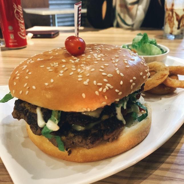 Sautéed Mushroom & Caramelised Onion Burger