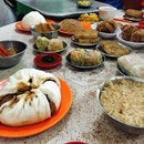 Dim sum for breakfast at the oldest dim sum restaurant in Malacca!