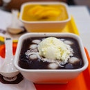 Mini Mochi in Red Bean Soup with Vanilla Ice Cream