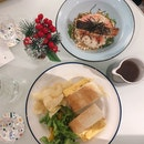 A Heartwarming Comfort Food On A Rainy Day - Tamago Sando & Salmon Ochazuke