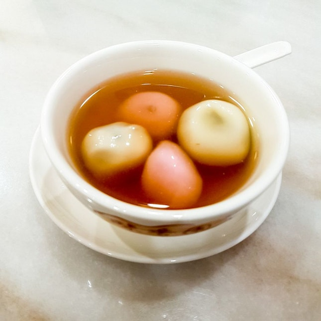 Glutinous Rice Ball In Ginger Soup