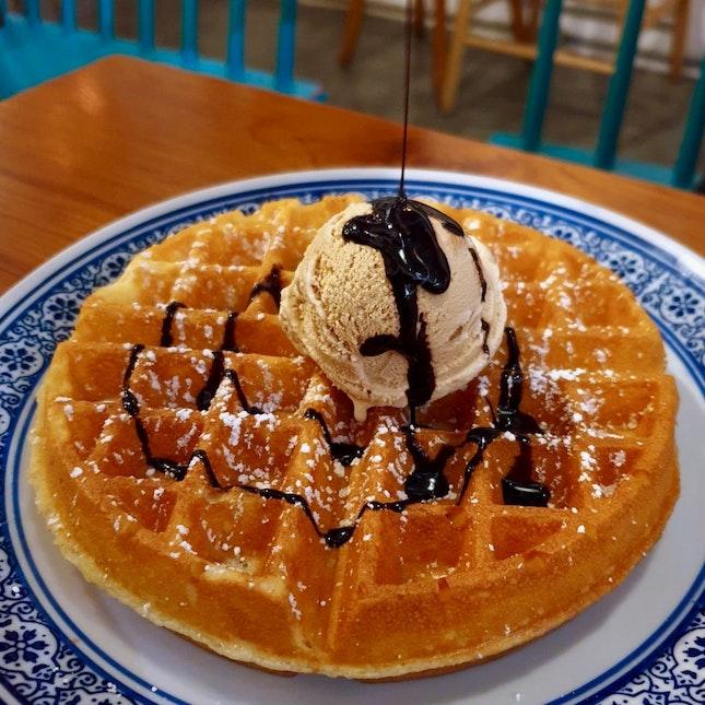 Single Scoop + Waffle