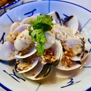 Fragrant White Clams