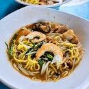 Pork Rib Prawn Noodles