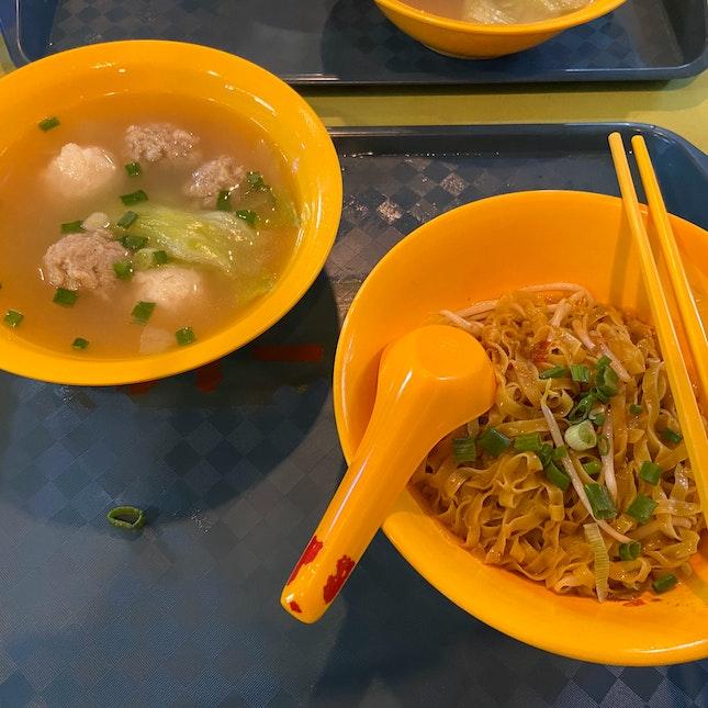 Meatballs and Squid Balls Noodle Set ($6)