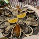 Oyster Platter Happy Hour